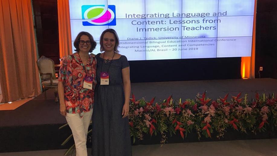 O evento foi realizado em Maceió e discutiu as tendências do ensino bilíngue no Brasil