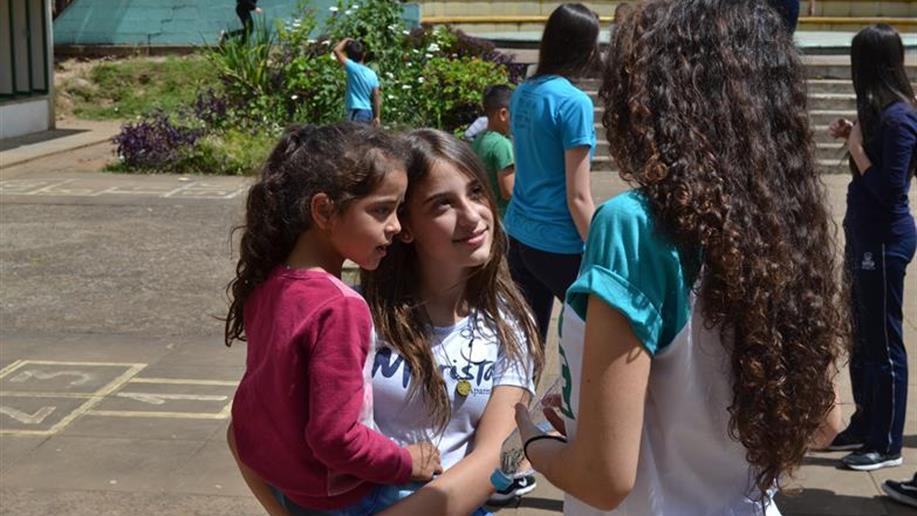 A entrega foi realizada pelos estudantes da Pastoral Juvenil Marista (PJM)