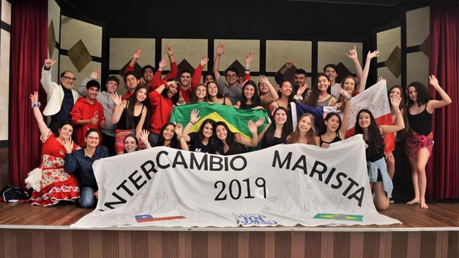 O Marista Assunção oferece aos estudantes duas modalidades de Intercâmbio. Uma, com foco no aprendizado do idioma, e outra, com foco no conhecimento e nas vivências das culturas locais.