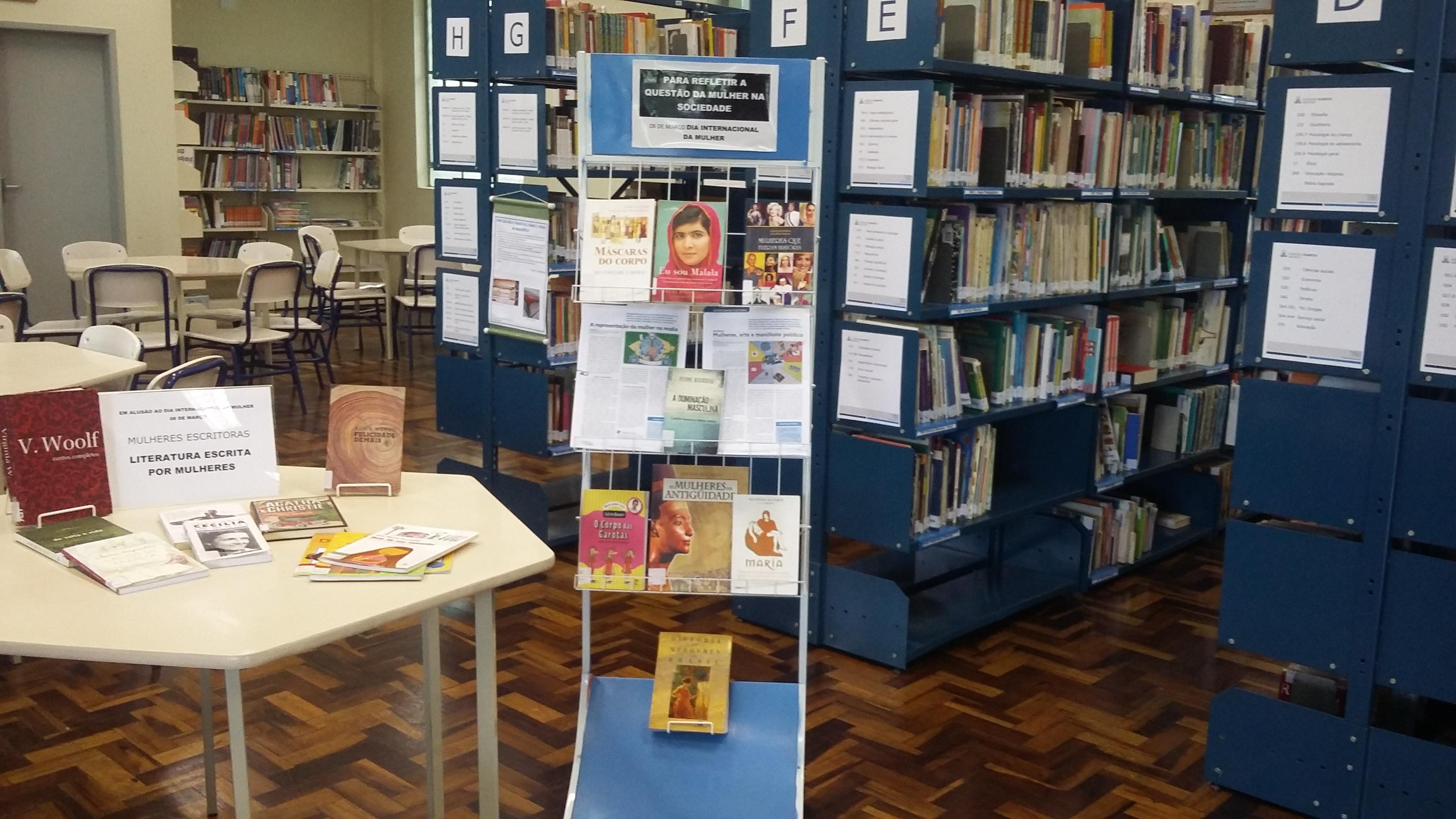 Na semana em que celebramos o Dia Internacional da Mulher, a Biblioteca Ir. José Bernardi realizou duas exposições literárias com títulos importantes sobre a relevância do papel feminino na sociedade.