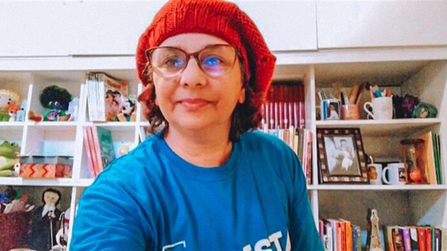 Equipe da biblioteca produz vídeos com contações de histórias no Instagram