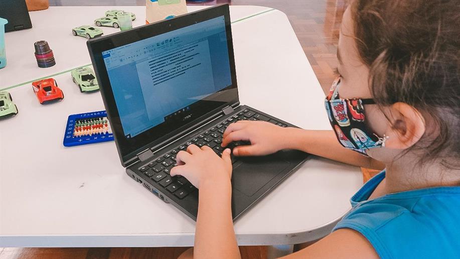 Com login disponibilizado pelo Marista Assunção, educadores e estudantes podem organizar suas rotinas, compartilhar atividades e conversar com seus colegas em diferentes dispositivos