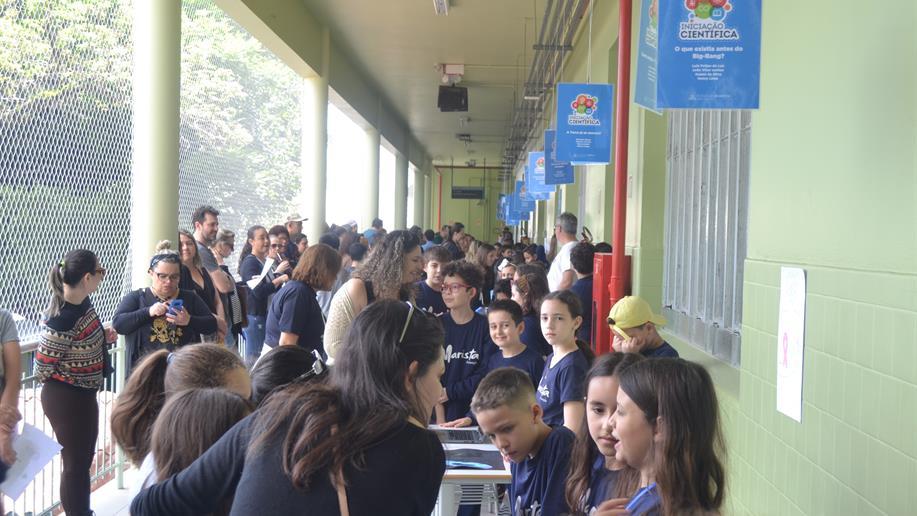 No evento, estudantes do 4º e 5º ano EF puderam apresentar seus projetos.