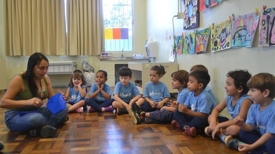 Escutar com qualidade respeita e valoriza os saberes das crianças.
