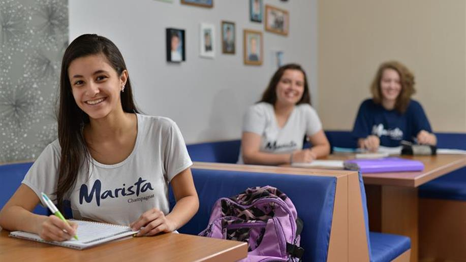 Os Colégios da Rede Marista contam com Seguro Educacional. Ele é um importante mecanismo que abrange diversas coberturas para os estudantes e responsáveis financeiros, respectivamente.