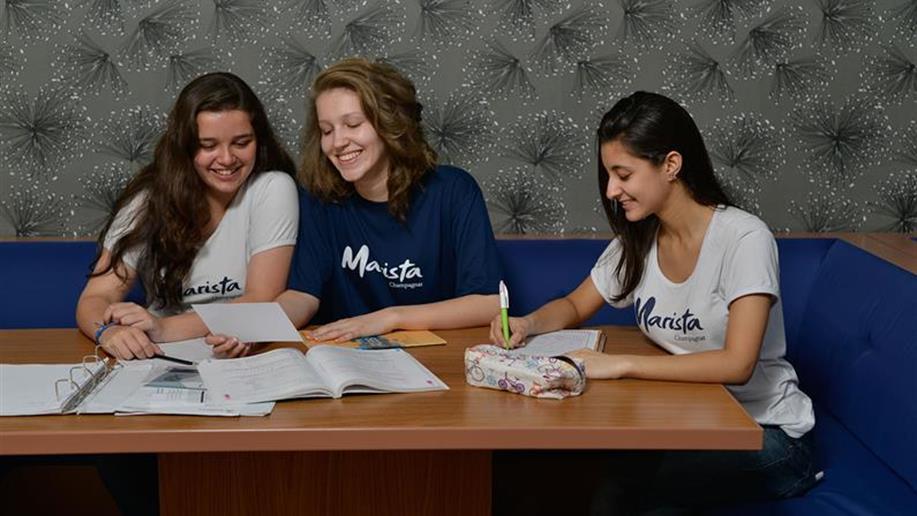 O Marista Champagnat acredita que a formação do estudante deve ser em tempo integral, desenvolvendo diferentes habilidades dentro e fora de sala de aula.