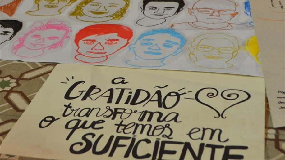 Colégio celebra o Dia Nacional de Ação de Graças com atividades que envolveram toda comunidade escolar.