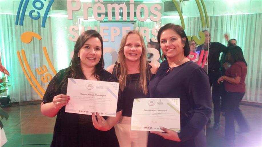 Colégio recebe reconhecimento do Sindicato das Escolas Privadas do RS.