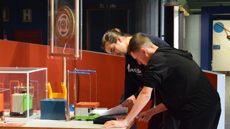 Nossos estudantes do 2º e 3º ano do Ensino Médio realizaram diversas atividades no Museu de Ciências e Tecnologia da PUCRS