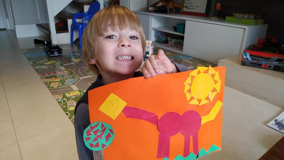 Estudantes da Educação Infantil desenvolvem atividades sobre os dinossauros