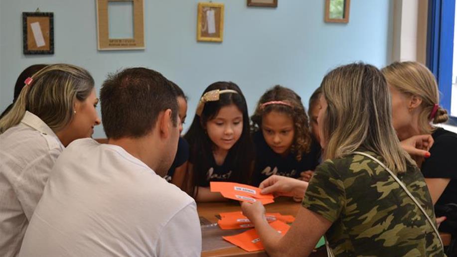 Em sintonia com as famílias, proporcionamos momentos de integração com atividades esportivas, lúdicas e de confraternização.