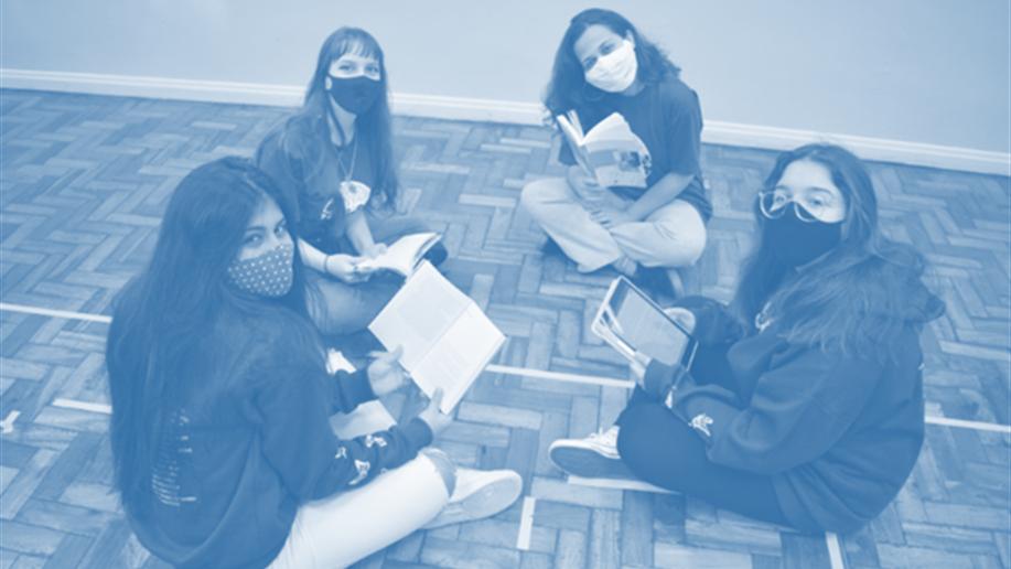 Projeto realizado com estudantes do 3º ano do Ensino Médio instiga a leitura como importante meio de formação