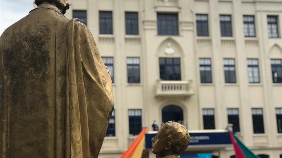 Em sua fundação, o Colégio Marista Champagnat enfrentou a gripe espanhola.  No ano de seu centenário, o Covid-19.