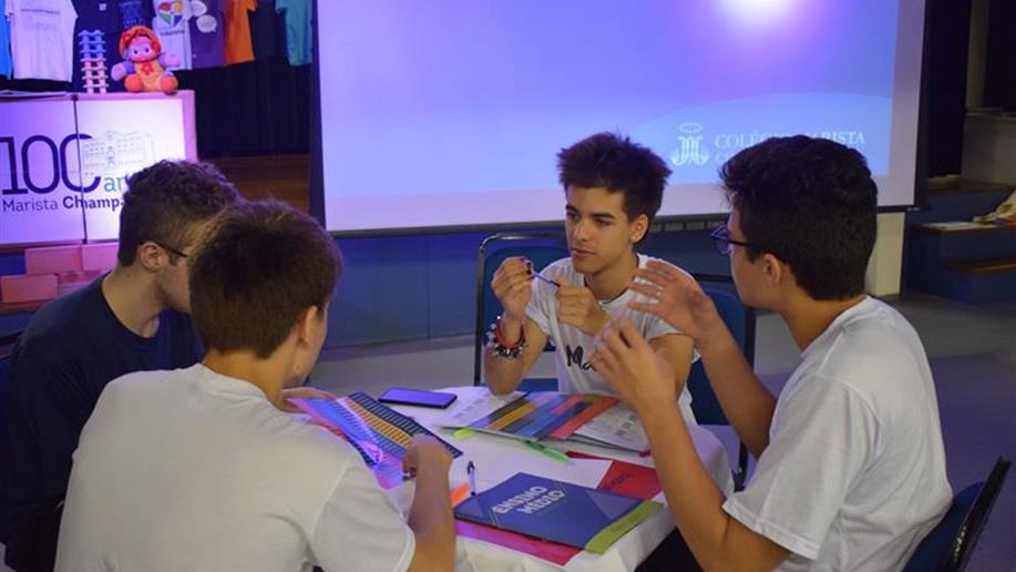 Estudantes concluintes do Ensino Médio do Marista Champagnat se preparam para ano repleto de atividades.