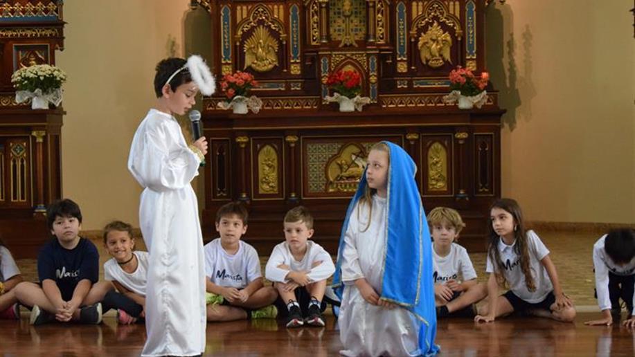 Colégio realiza ações em preparação para a chegada do Menino Jesus