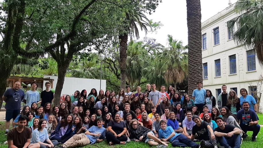 Estudantes da Pastoral Juvenil Marista e Voluntariado se reunem para celebrar e refletir sobre a caminhada durante o ano de 2019