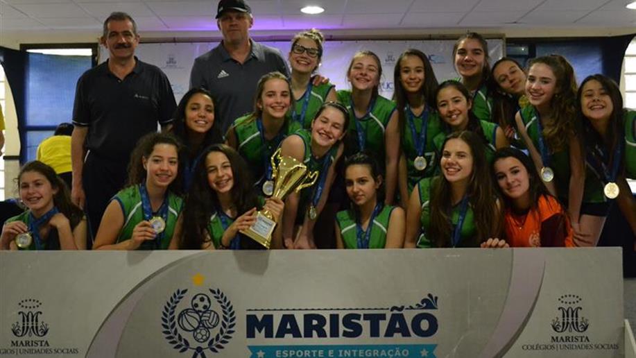 Todas as equipes de voleibol feminino do Marista Conceição, treinadas pelo professor Leonardo Tamagnone, saíram vitoriosas.