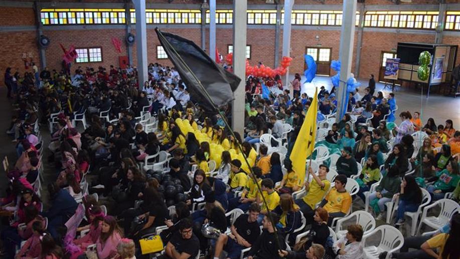 Iniciativa que busca reforçar os valores maristas levaram pais, estudantes e educadores a desenvolverem atividades