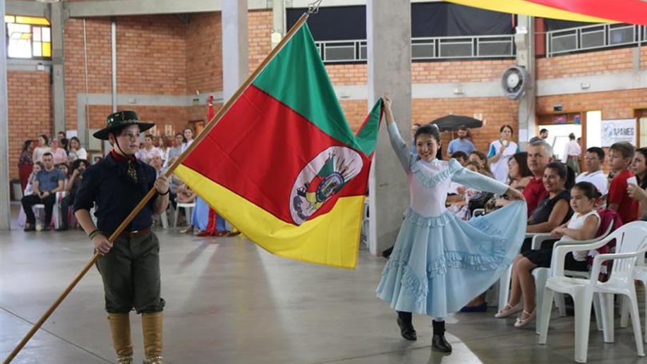 Cerca de 800 pessoas da comunidade Marista participaram do evento