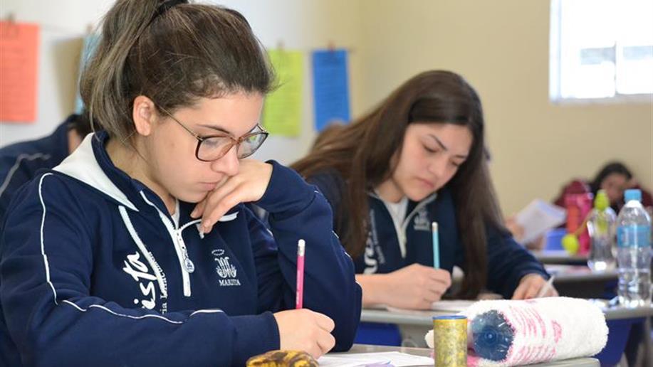 Provas estão sendo aplicadas para o ensino médio nesta segunda e terça-feira