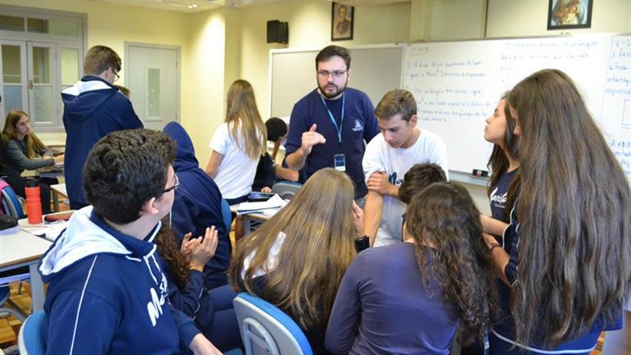 Organizadas de acordo com os objetivos que o professor quer alcançar para a aprendizagem de seus estudantes, as sequências diáticas envolvem atividades de aprendizagem e de avaliação.