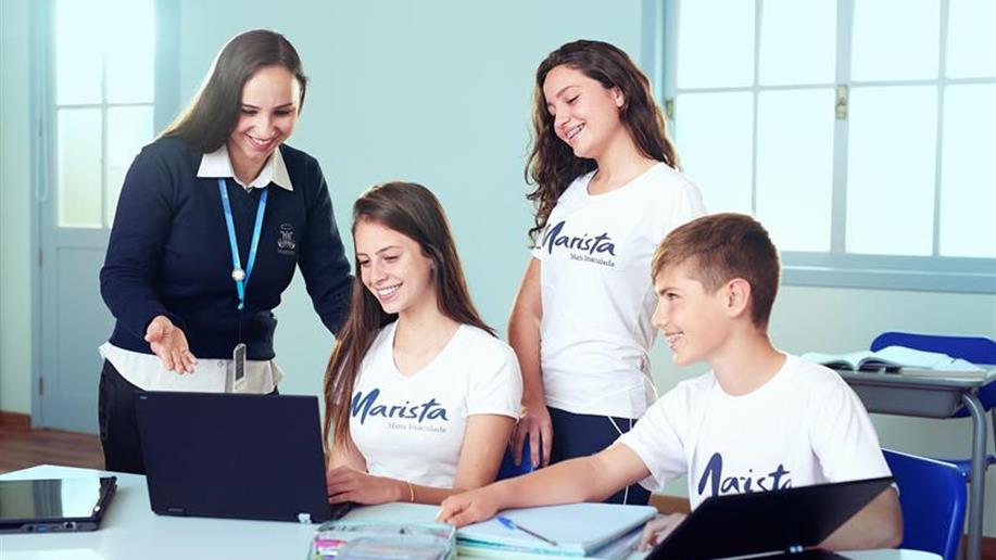 Confira o horário escolar para as turmas de Ensino Fundamental - Anos Finais e Ensino Médio.