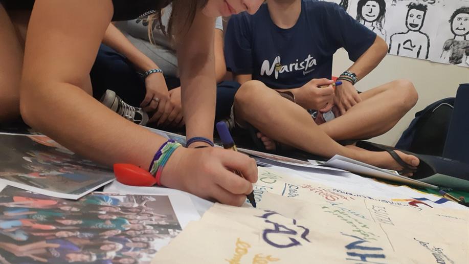 Assim é a educação marista traduzida na prática, todos os dias. Somos movidos pelo propósito de contribuir para o desenvolvimento integral dos estudantes, atuando em sintonia com as famílias.