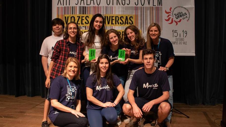 Colégio participou do Salão UFRGS Jovem com seis trabalhos de diferentes áreas.