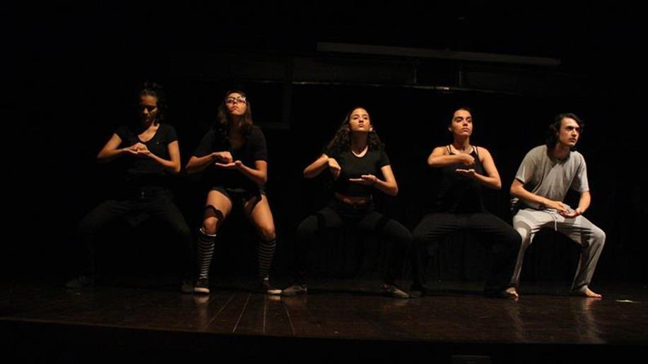 Produzida e escrita pelos estudantes, o espetáculo emocionou a plateia.