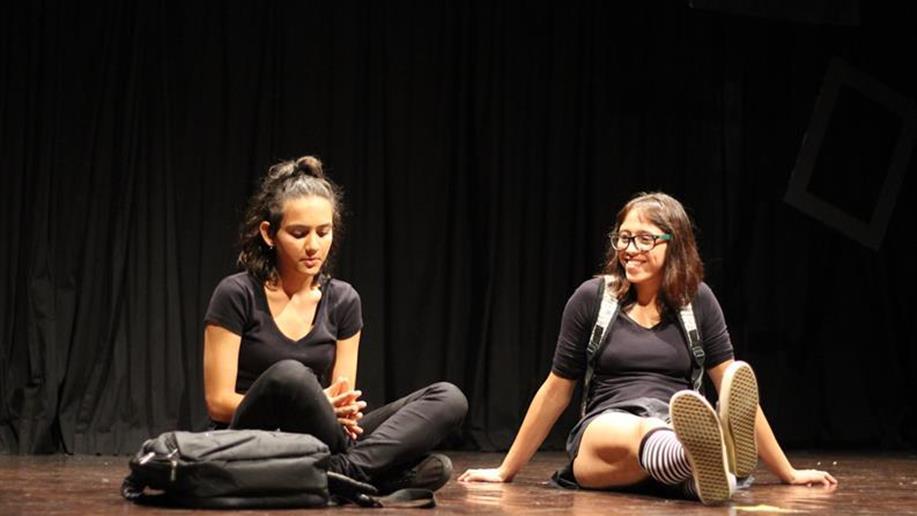 A Mostra Marista de Arte apresenta produções de estudantes.