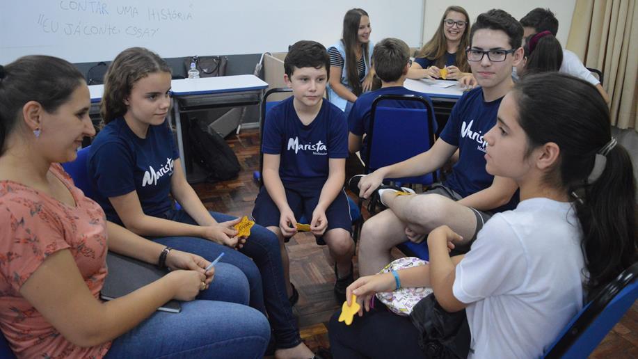 O programa objetiva desenvolver potenciais de liderança entre os estudantes.