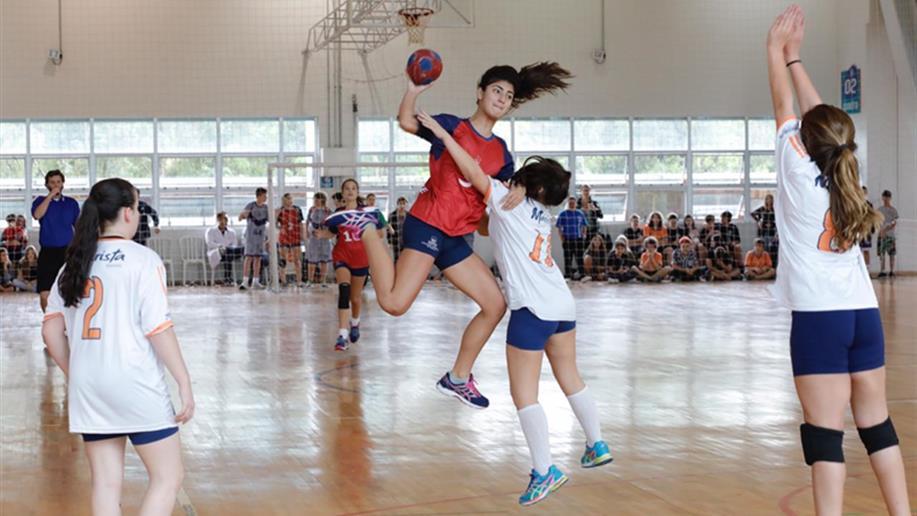 Cerca de 1,6 mil estudantes e professores dos Colégios da Rede Marista participaram dos dois dias de jogos realizados na PUCRS e no Colégio Marista Rosário.
