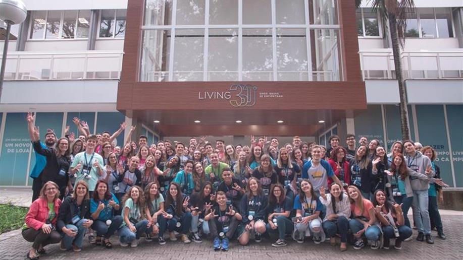 Integrantes dos Grêmios Estudantis dos Colégios Maristas participaram de um dia de formação nesta terça-feira, na PUCRS