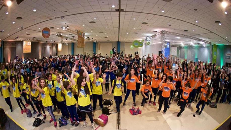 Cerca de 3 mil estudantes e educadores participaram do Festival Marista de Robótica, da Mostra Marista de Iniciação Científica e da Mostra de Arte, nos dias 18 e 19/9, na PUCRS.