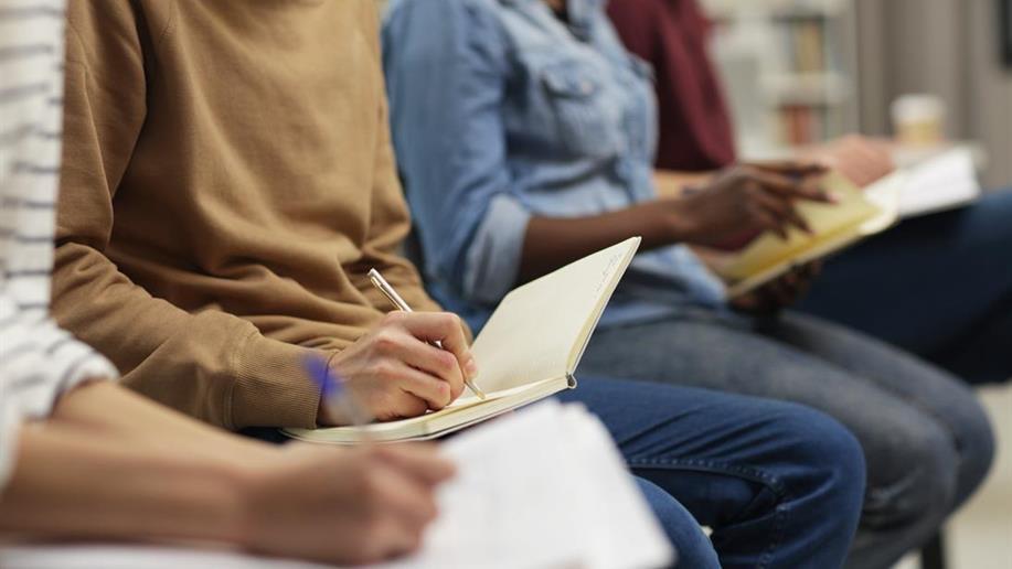 Com agendamento de duas datas anuais, os Colégios da Rede Marista abordam importantes questões para o ano letivo.