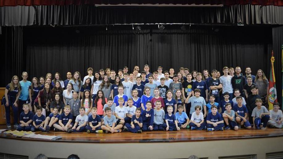 Estudantes representarão o colégio na competição que reúne mais de três mil jovens de 20 escolas da Rede Marista.