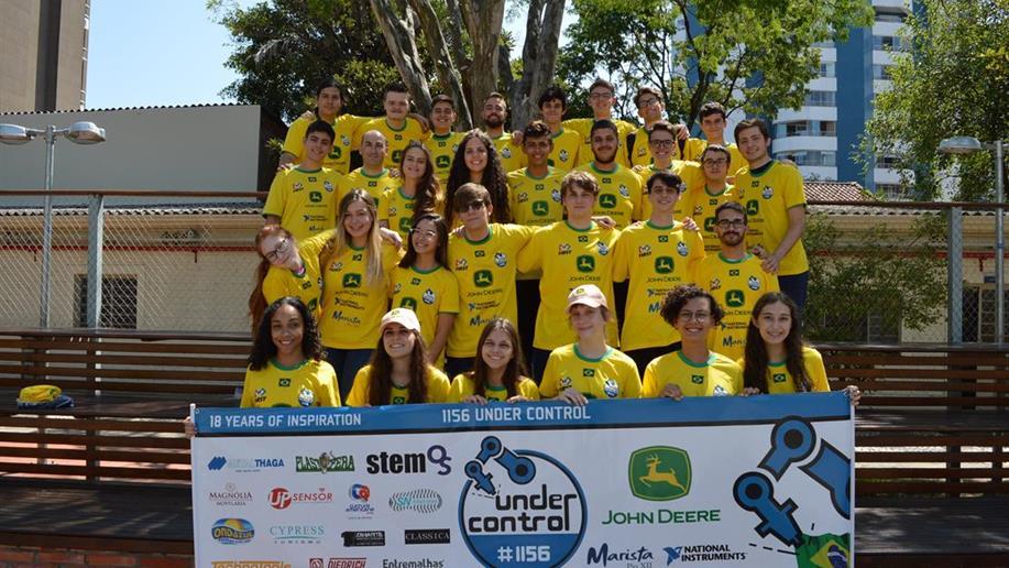 Equipe de estudantes do Marista Pio XII conquistou três prêmios na FIRST Robotics Competition (FRC), entre eles, o reconhecimento pelo trabalho do time.