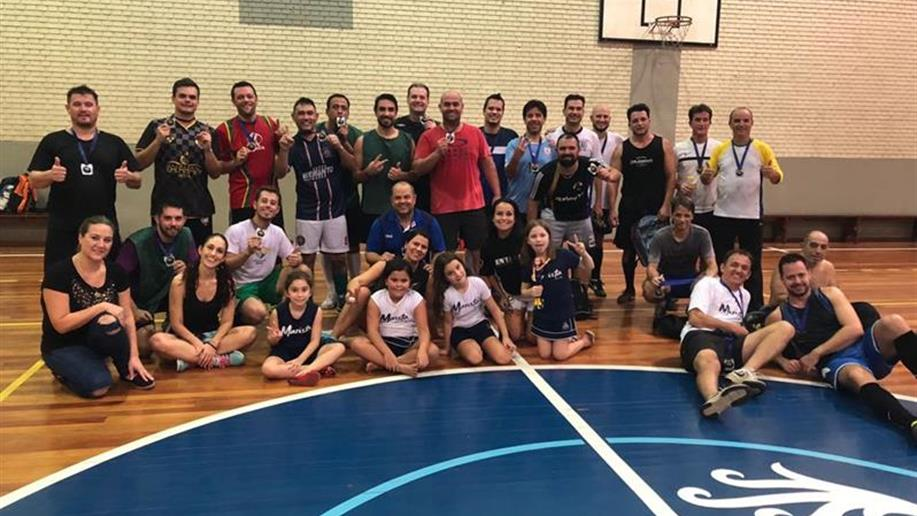 Objetivo de proporcionar momentos de integração e diversão entre as famílias, além de promover a prática esportiva.