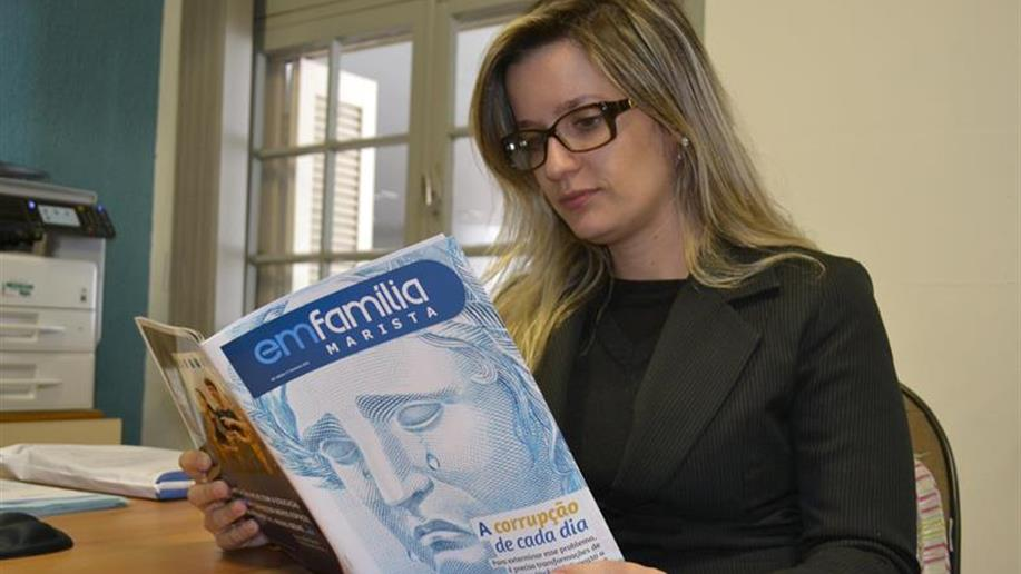 Revista semestral dos Colégios e das Unidades Sociais da Rede Marista.
