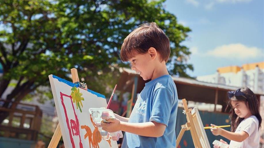 Valorizar as produções artísticas dos nossos estudantes e educandos é o principal objetivodo nosso maior evento de arte e cultura.