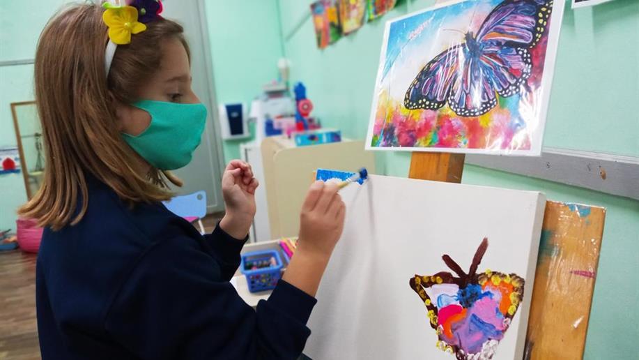 A partir de suas vivências e interesses, crianças da Educação Infantil são convidadas a sugerir temáticas para projetos que se tornam importantes aliados da aprendizagem