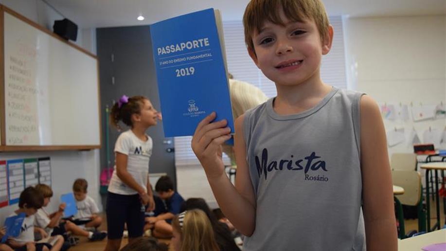 Os estudantes receberam um passaporte para visitar diferentes espaços de aprendizagem