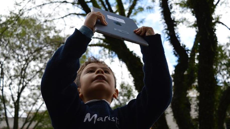 Parceria entre GER e Apamecor possibilita o acesso de estudantes à plataforma digital de leitura