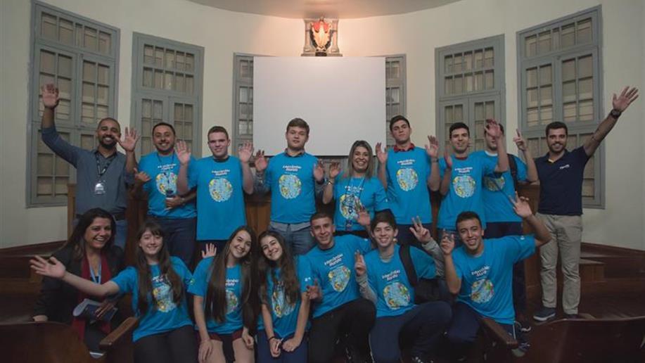 Ao todo, 148 estudantes de 15 escolas maristas irão para a Europa e América do Norte