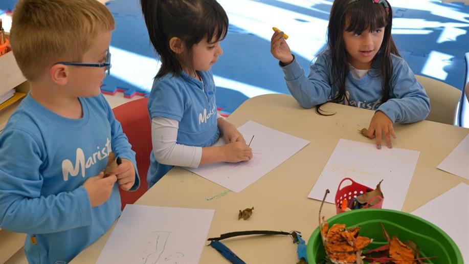 Traços que antecedem os desenhos das crianças são essenciais para o desenvolvimento na primeira infância