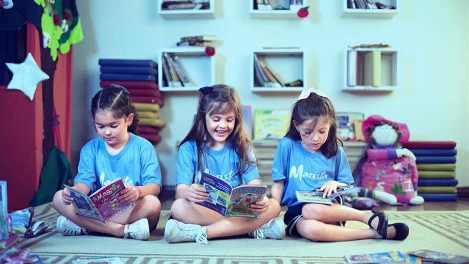 O estudante aprofunda a construção de seus valores, compreendendo seu papel enquanto cidadão. É o momento de aprofundar a leitura, a escrita, o raciocínio e a pesquisa.