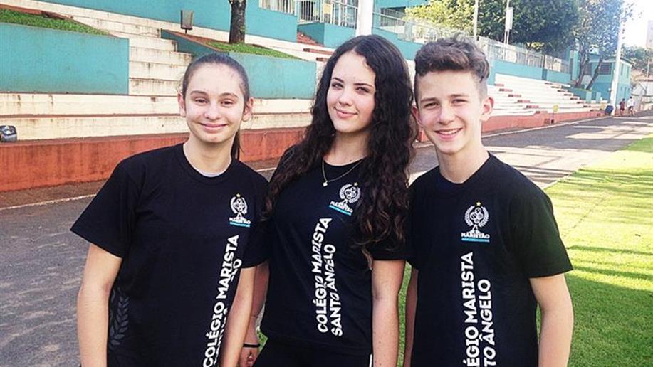 50 atletas representam o Colégio nos jogos de Vôlei, Futsal, Futebol Sete e Atletismo, em Porto Alegre.