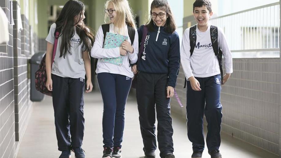 O Colégio preza pela segurança da comunidade educativa, com a presença constante de educadores nas dependências da escola e com o sistema de monitoramento por câmeras.