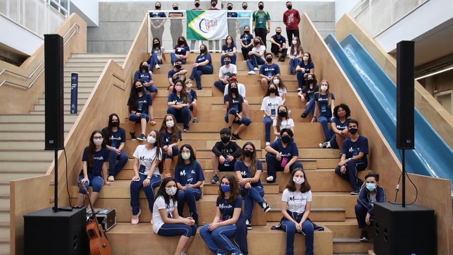 Mais de 30 estudantes participaram desse dia histórico
