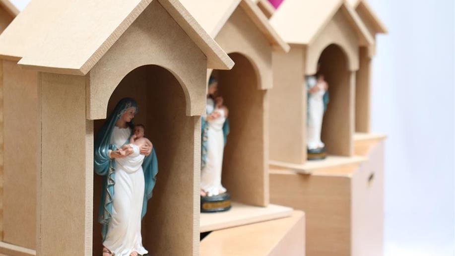 No mês de Maria, a atividade visa momentos de fé, criatividade e vivências